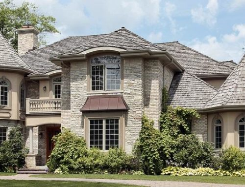 Which Is Better For A Roof – Asphalt Shingles or Cedar Shakes?